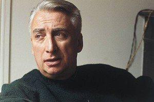 1002812-Roland_Barthes[1]